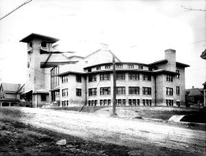 Erwin Methodist Church facing Euclid Ave., 1914